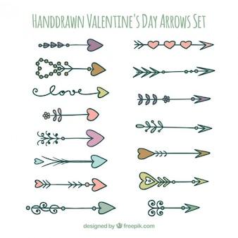 Hand getrokken valentines pijlen set