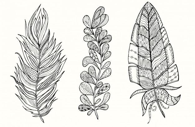 Hand getrokken veer set met doodle, zentangle, bloemen, vintage elementen.