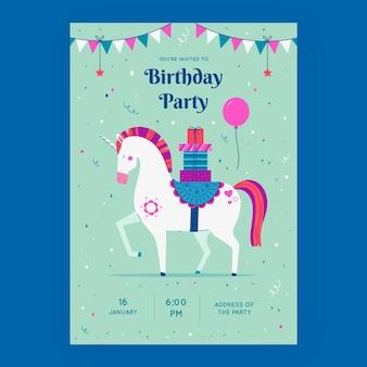 Hand getrokken verjaardagsfeestje uitnodiging sjabloon