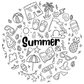 Hand getrokken zomer strand doodles geïsoleerde vector symbolen en elementen set