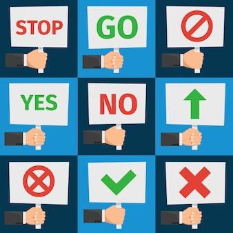 Handen met protestborden en goedkeuringstekens in vlakke stijl. aanplakbiljet en banner voor protest, illustratiebericht protest en demonstratie Gratis Vector