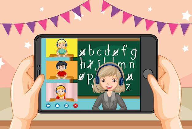 Handen met smartphone met leraar en student op smartphonescherm
