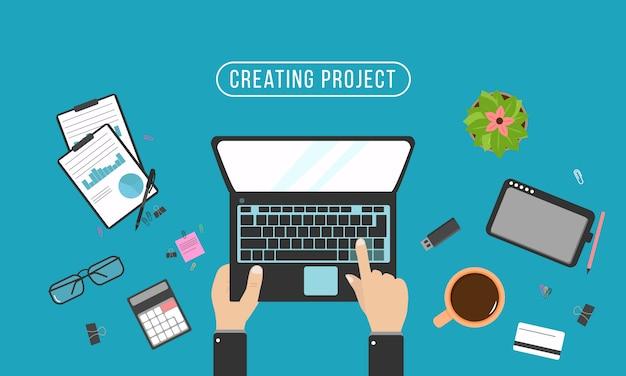 Handen typen tekst op toetsenbord van de computer. programmeur codering op laptopcomputer. realistische organisatie van de werkplek. bovenaanzicht met tafel, laptop, bril, tablet, rekenmachine, blocnote en koffie. illustratie