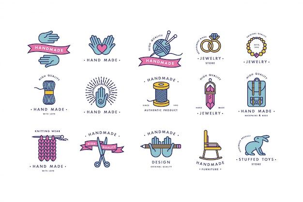 Handgemaakte kleurrijke lijnlogo's. handgemaakte lineaire badges of handgemaakte overzichtslabels. breiwerk en naai-symbolen. illustratie.
