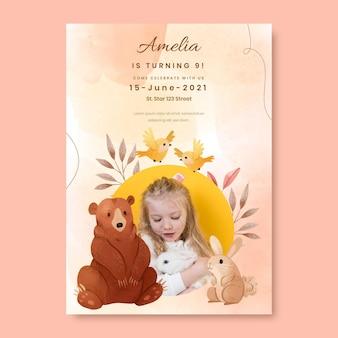 Handgeschilderde aquarel dieren verjaardagsuitnodiging sjabloon met foto