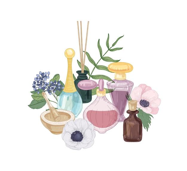 Handgetekende compositie met aromacosmetica, geurwater en etherische olie in glazen flessen, vijzel en stamper, wierookstokjes en bloeiende bloemen