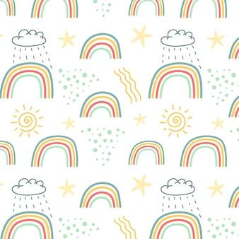 Handgetekende regenboog en wolkenpatroon