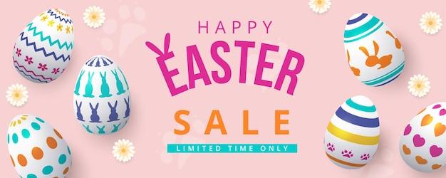 Happy easter sale banner met kleurrijke beschilderde eieren