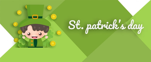 Happy saint patrick's day met groen en goud vier en boomblad in papier gesneden stijl.