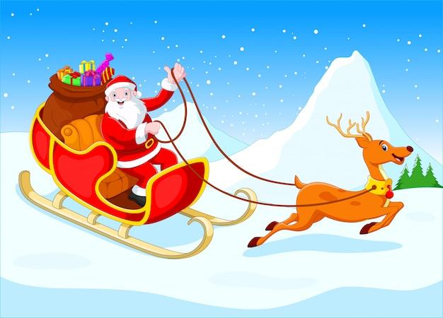 Happy santa in zijn slee getrokken door rendieren