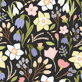 Helder gekleurd naadloos patroon met mooie bloeiende bloemen en bloeiwijzen op zwarte achtergrond.