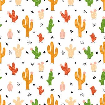 Heldere cactus op witte achtergrond. naadloos patroon voor het naaien van kinderkleding en het bedrukken van stof. vectorillustratie in doodle stijl.