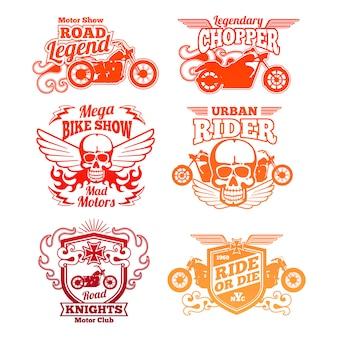 Heldere motorfietsetiketten. retro kentekens en logo's voor motorrijders