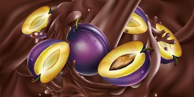 Hele en gesneden pruimen in vloeibare chocolade.