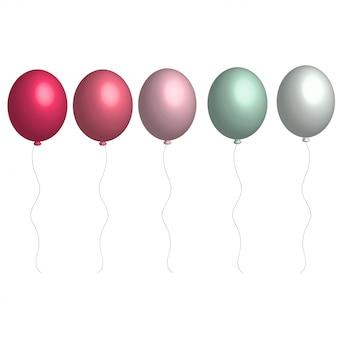 Heliumballonnen in zachte kleuren op witte achtergrond