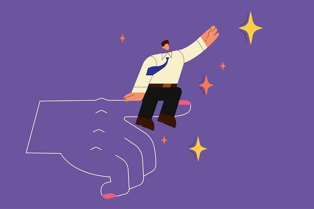 Helpende hand, succes, bedrijfsontwikkelingsconcept. zakenman zittend op enorme menselijke hand en reiken naar ster.