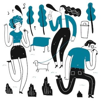 Het dagelijkse gebruik in de hitte van de zomer. verzameling van hand getrokken, vectorillustratie in schets doodle stijl.