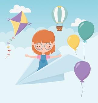 Het meisje van de de dagglimlach van gelukkige kinderen op document vliegtuig vliegende hemel