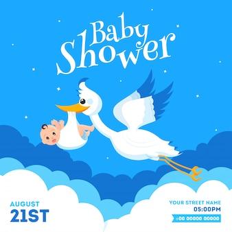 Het ontwerp van de de uitnodigingskaart van de baby shower met ooievaar opheffende zuigeling en