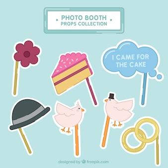 Het verzamelen van foto booth props voor bruiloften