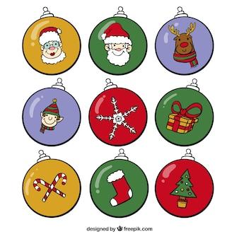 Het verzamelen van kerstballen met tekeningen
