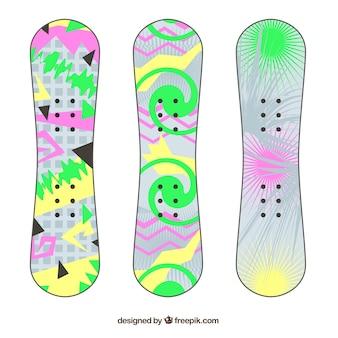 Het verzamelen van snowboards met abstracte ontwerpen