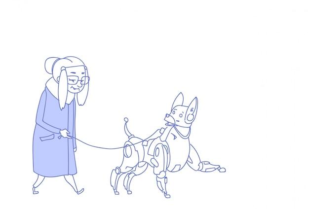 Hogere vrouw die met moderne de huisdierenzorg van de robothond kunstmatige intelligentie lopen