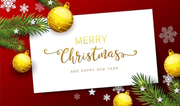 Holiday's achtergrond met seizoenswensen en rand van realistisch ogende versierde kerstboomtakken
