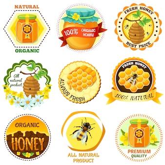 Honingembleem dat met beschrijvingen van natuurlijke organische verse honing beste prijs wordt geplaatst alle natuurlijke product vectorillustratie