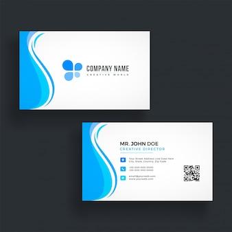 Horizontaal blauw visitekaartje met voor- en achterkant presentatie.