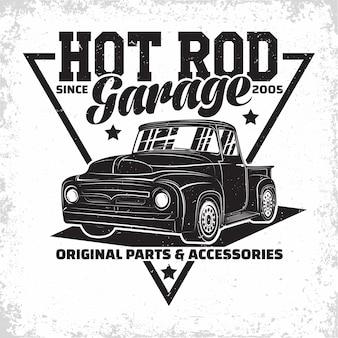 Hot rod garage logo-ontwerp met een embleem van spierautoreparatie