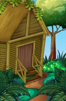 Houten hut in het diepe bos