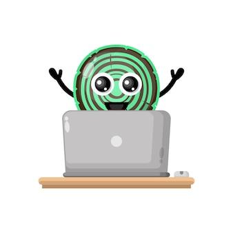 Houten laptop schattig karakter mascotte