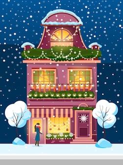 Huis ingericht voor de wintervakantie, sneeuwval