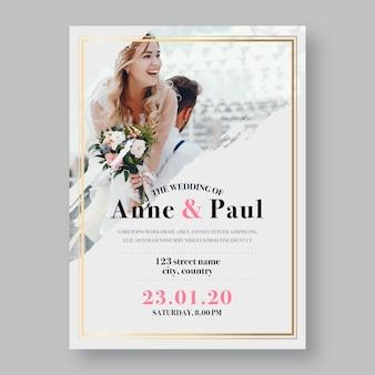 Huwelijksuitnodiging met bruidegom en bruidfoto