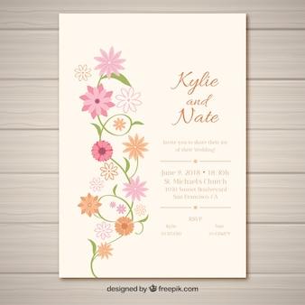 Huwelijksuitnodiging met vlakke bloemen
