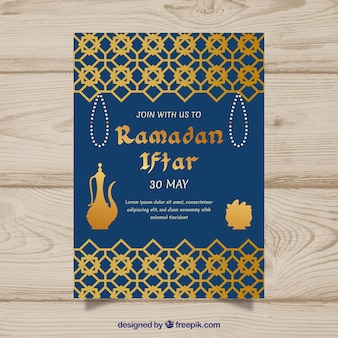 Iftar-uitnodiging met voedsel en thee in vlakke stijl
