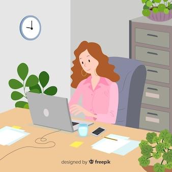Illustratie die van vrouw in bureau werkt