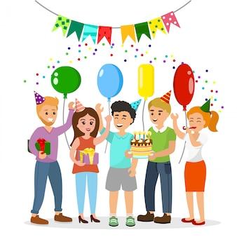 Illustratie gelukkige verjaardag. gelukkig gezelschap van heldere en grappige jonge mensen viert de vakantie met een taart en geschenken.