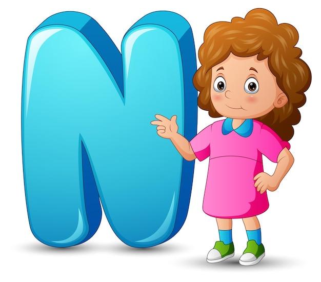 Illustratie van alfabet n met schattig meisje staan