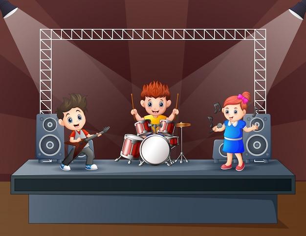 Illustratie van een band die op stadium presteert