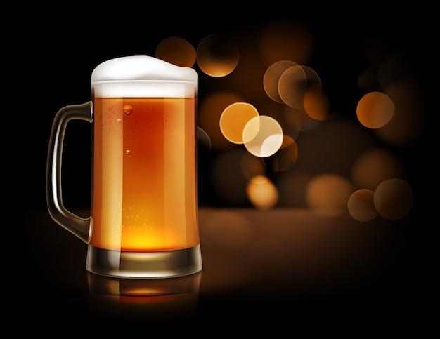 Illustratie van glazen mok vol bier met schuim, vooraanzicht op donkere sprankelende achtergrond