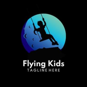 Illustratie van kinderen in de maan met vliegend activiteitenmaan kinderlogo