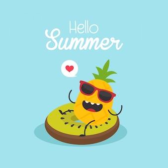 In de zomervakantie, opblaasbare kiwi met een ananas in een zwembad