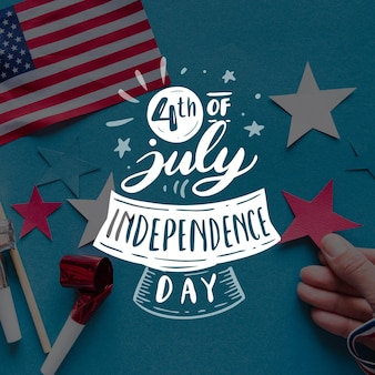 Independence day belettering op foto