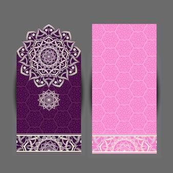 Indisch bloemenpaisley medaillonpatroon. etnisch mandala-ornament. vector henna tattoo-stijl. kan worden gebruikt voor textiel, wenskaart, kleurboek, telefoonhoesje afdrukken