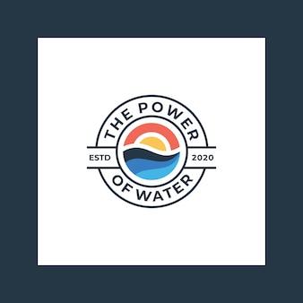 Inspirerend logo-ontwerp water en zon