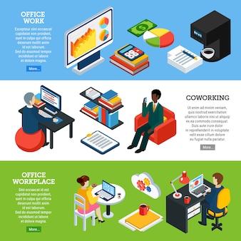 Inzameling van drie horizontale bedrijfsmensen isometrische banners met beelden van bureautoestellen en van werknemerskarakters vectorillustratie
