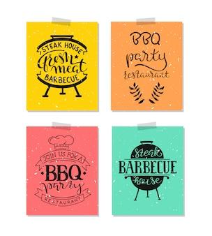 Inzameling van hand getrokken tekst van geroosterd voedsel, worsten, kip, frieten, lapjes vlees, vissen