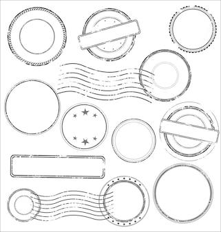Inzameling van postzegels en stempels in zwarte kleur die op witte achtergrond wordt geïsoleerd